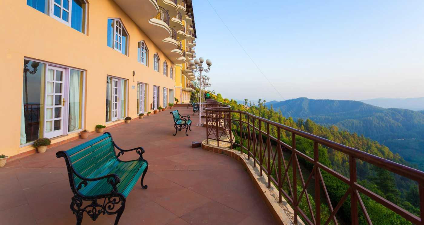 Romantic Resort in Shimla
